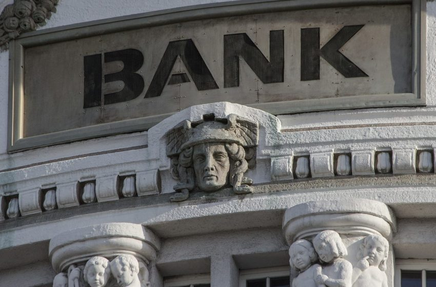 Zdolność kredytowa - na co zwraca uwagę bank