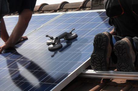 Procedura podłączenia paneli słonecznych do sieci