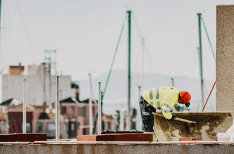 Wykop studni głębinowej – jaką wiertnicę wybrać?